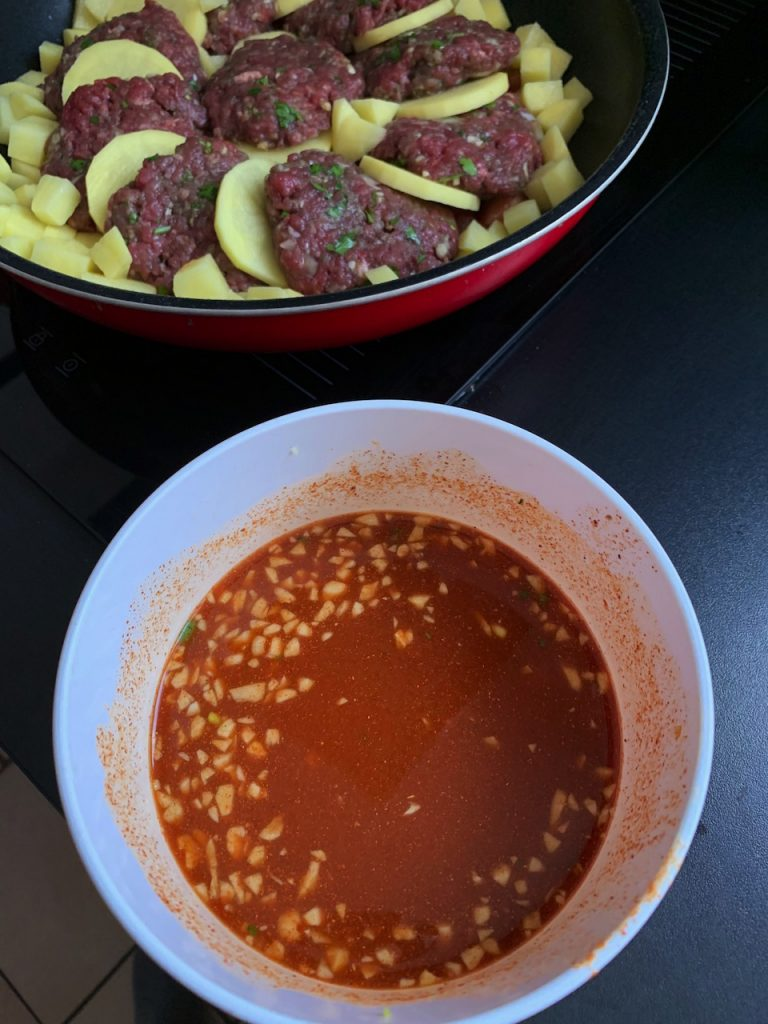 Tajine pommes de terres viande hachée